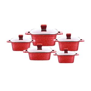 uakeen red square casserole